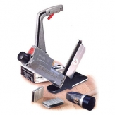 071-staplers_nailers